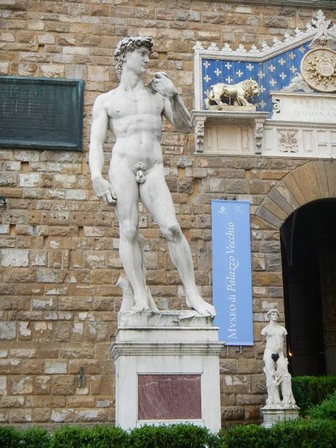 The replica of Michelangelo's David sits in a public square - the original is in The Accademia a half mile away.