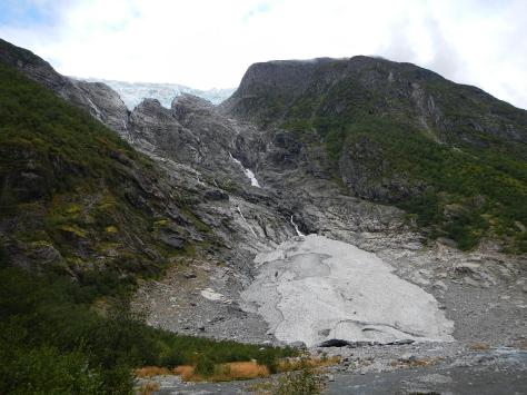 Flatbreen Glacier (above) plus the smaller glacier caused by ice falls - the small one is the lowest one (60 m above sea level) outside of the arctic.