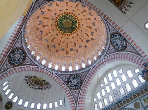 Soaring dome in Suleyman the Magnificent's Mosque